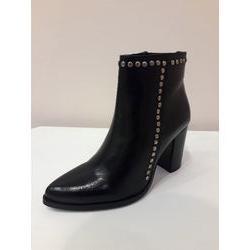 Boots à talon en cuir Noir