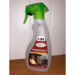 Nettoyant vitre insert de cheminées et poêles en spray.