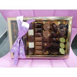 Boîte de chocolats assortis